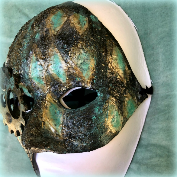 TCW Mask main right